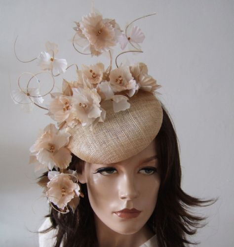 "Nude Natural Suspended Silk Flowers Smartie Headpiece Cocktail Ascot Hat ""Reba"""